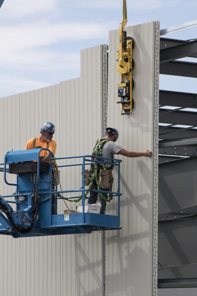 Lodret panelmontage